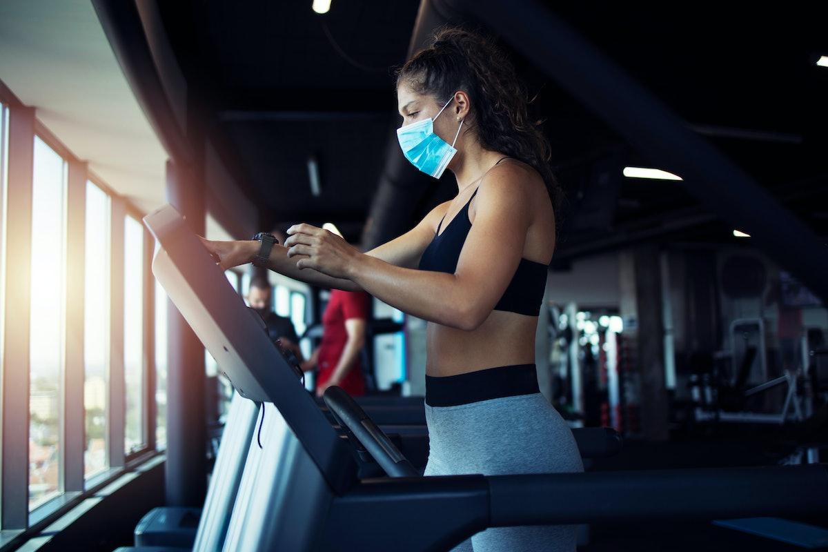 Walk uphill with this treadmill sweat sesh.