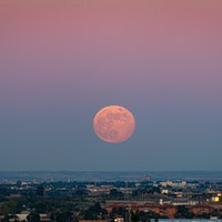 Supermoon calendar 2021 and 2022: Dates, times, and how to see one