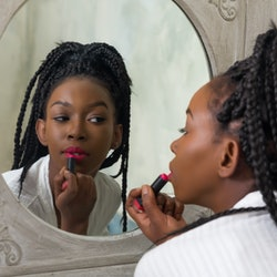 National Lipstick Day is here! 12 brands like Urban Decay and MAC Cosmetics have deals and freebies ...