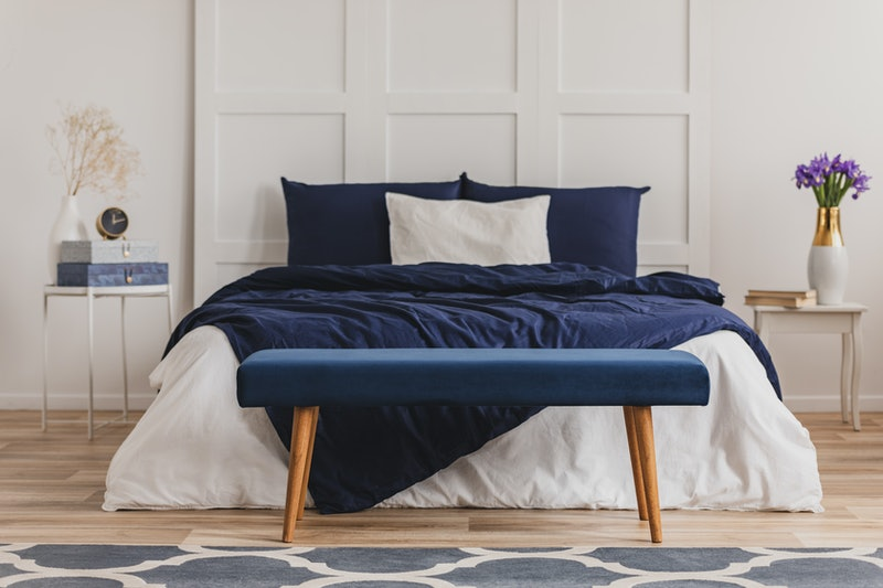 bed sheets that hide stains
