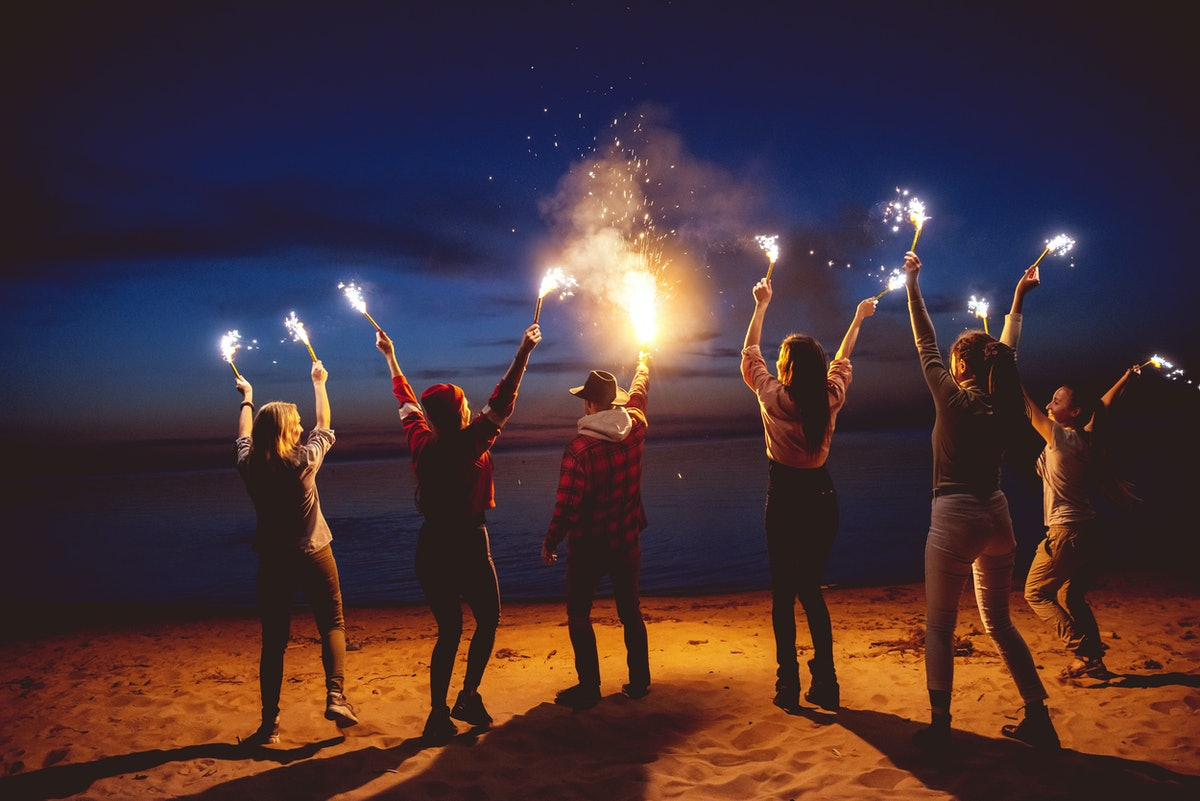Happy friends is celebrating how the July 2021 full moon in Aquarius is affecting their zodiac signs...