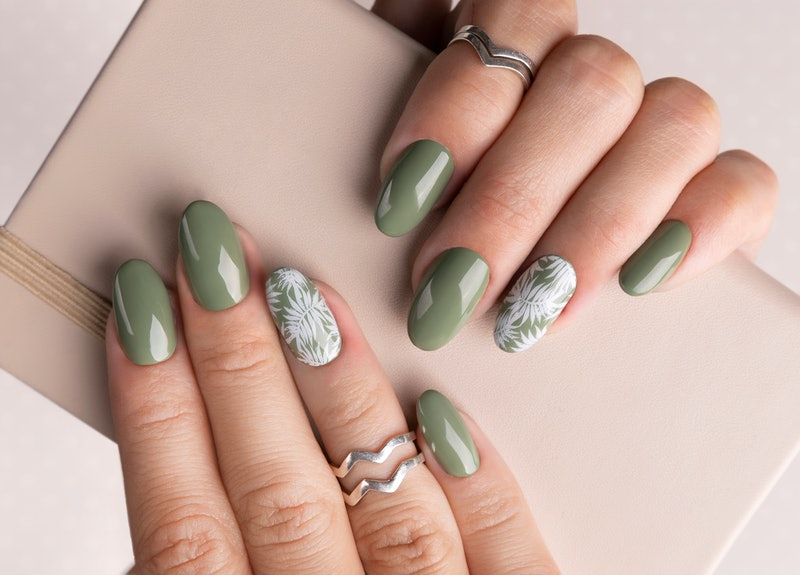 10 ways to wear the hottest manicure color: sage green nails.