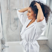 Wondering how to use leave-in conditioner? You're not alone: Leave-in conditioners can offer amazing...
