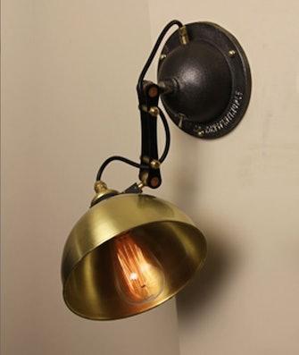Single Octopus Wall Lamp: image 1