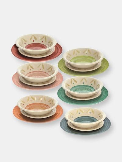 "Louise Daisy 18Pc Table Set: (6) 10.5"" Dinner Plates (6) 8.25"" Soup Plates (6) 7.5"" Dessert Plates: ..."