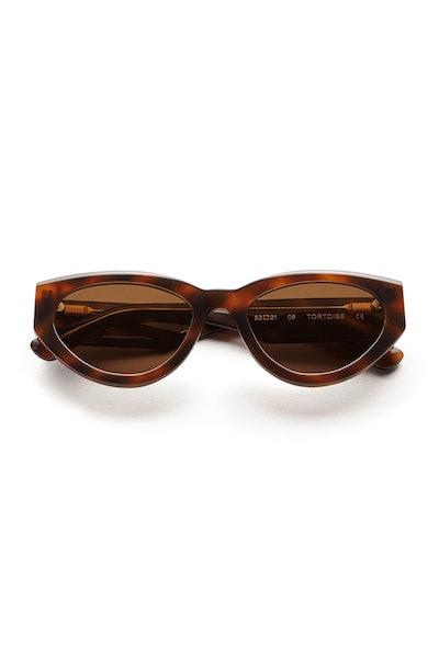#06 Sunglasses in Tortoise: image 1