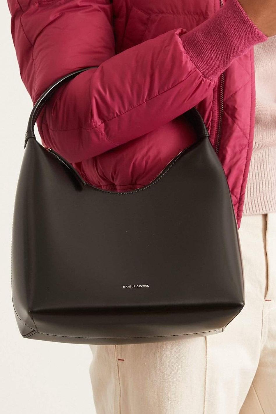 Zip Hobo Bag in Black/Flamma: additional image