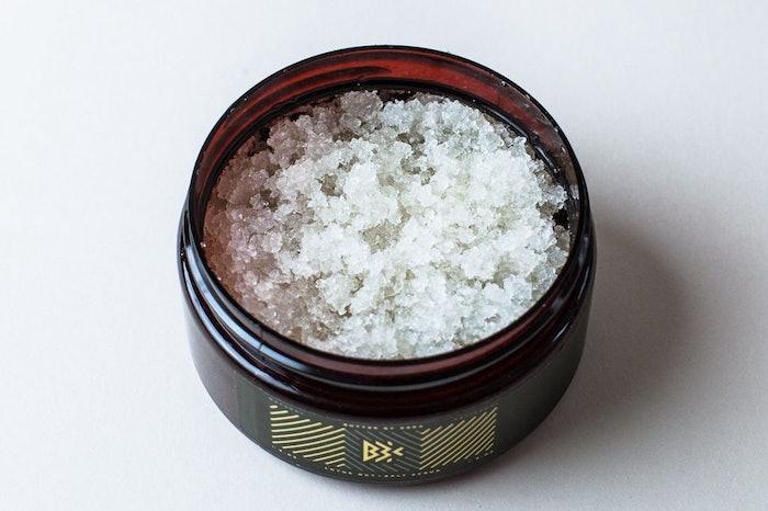 Bath Salt Scrub 8oz: image 2