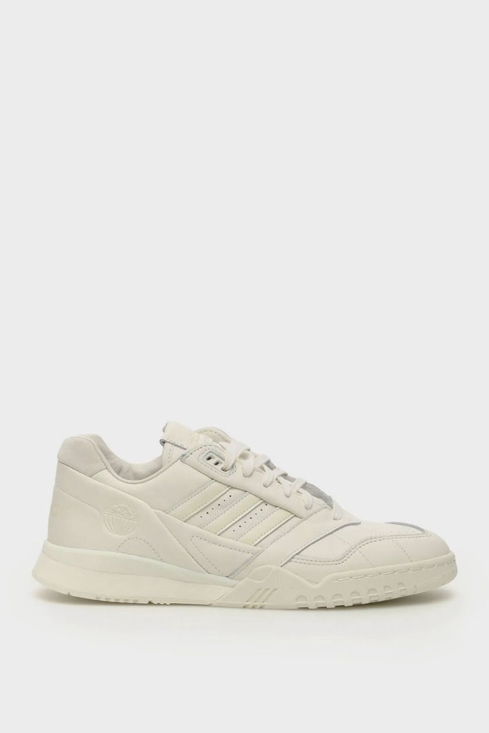 Adidas A.r.trainer Sneakers: image 1