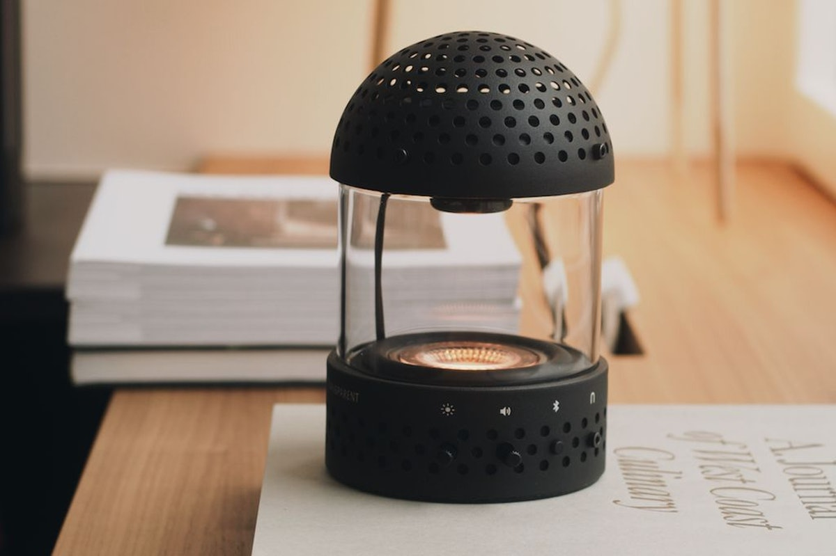 Light Speaker: image 1