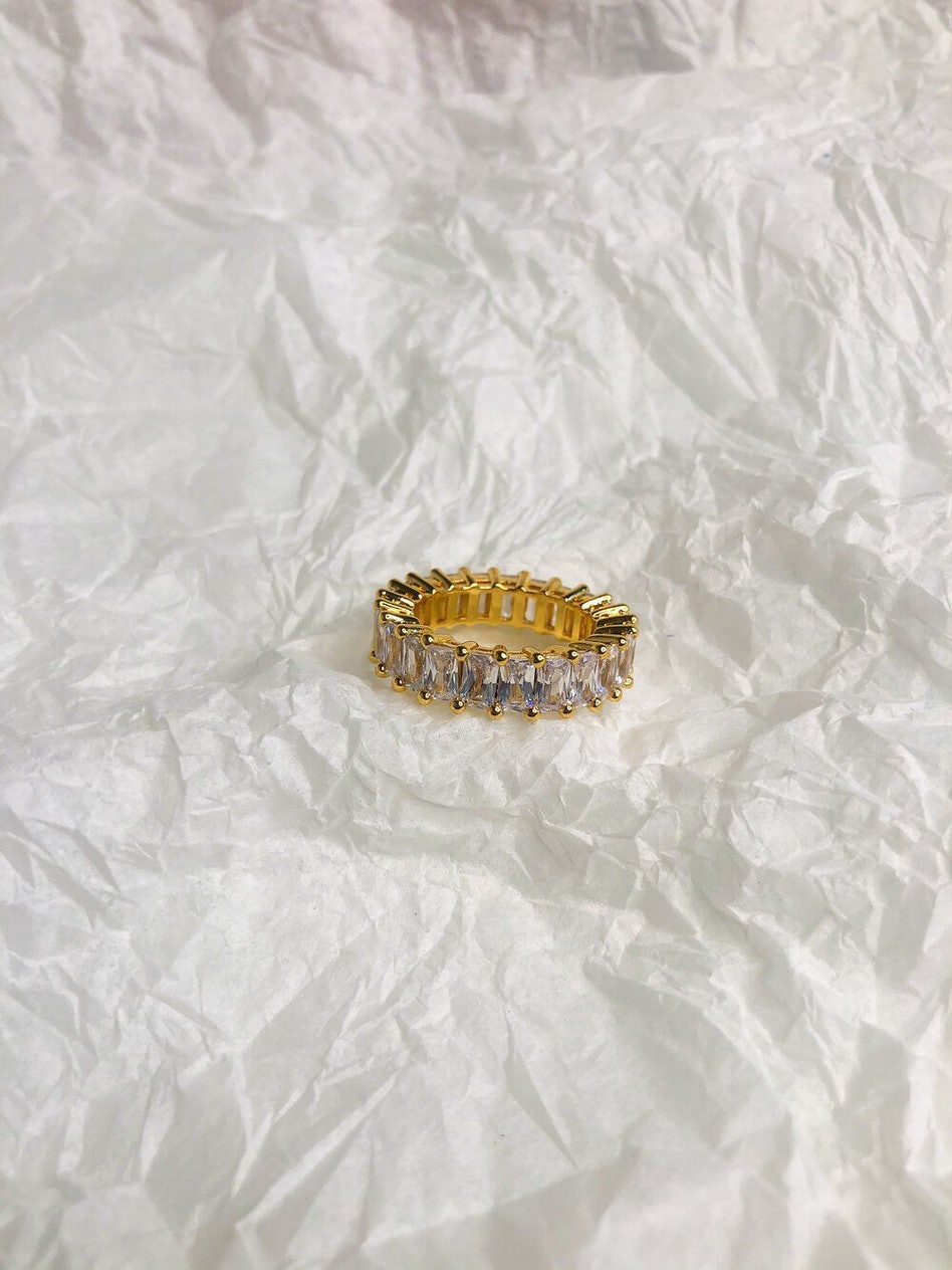THE SADIE RINGS: additional image