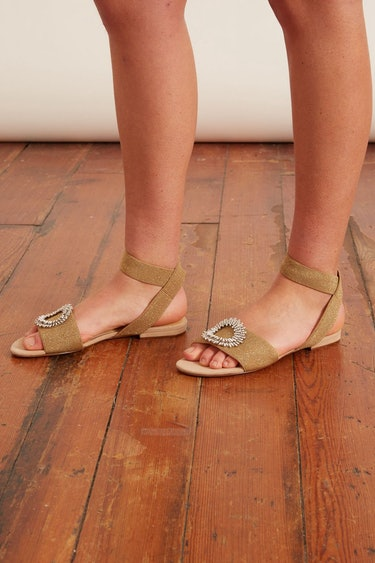 Madelina Elastic Sandal in Nude/Gold/Silver: additional image