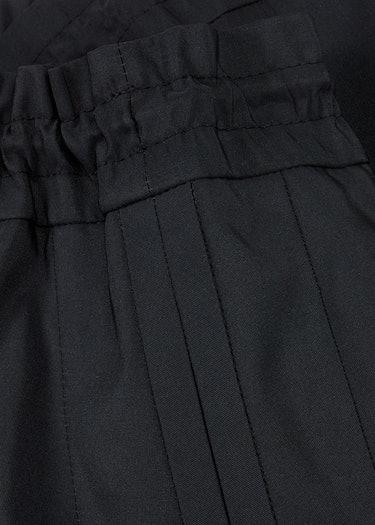 Black satin-twill shorts: additional image