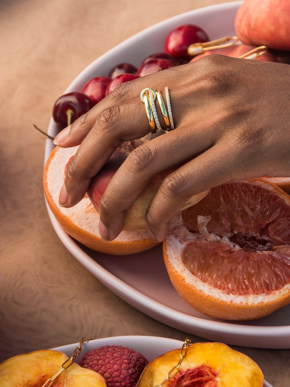 THE ROSELINE RING: additional image