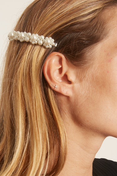 Flower Hair Clip in Pearl: additional image