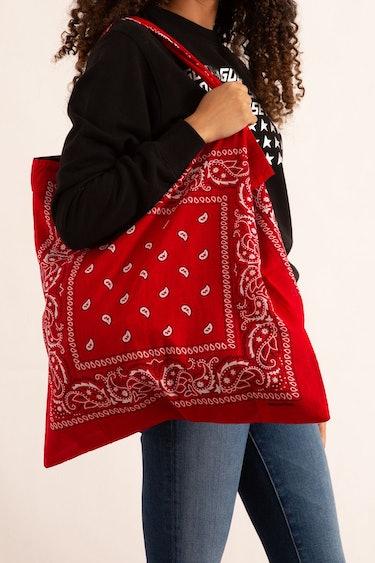 Bandana Beach Bag in Red: image 1
