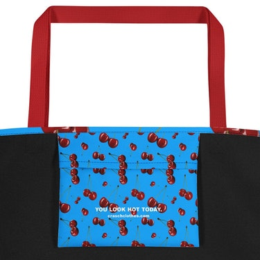 The Juvacc Large Tote: additional image