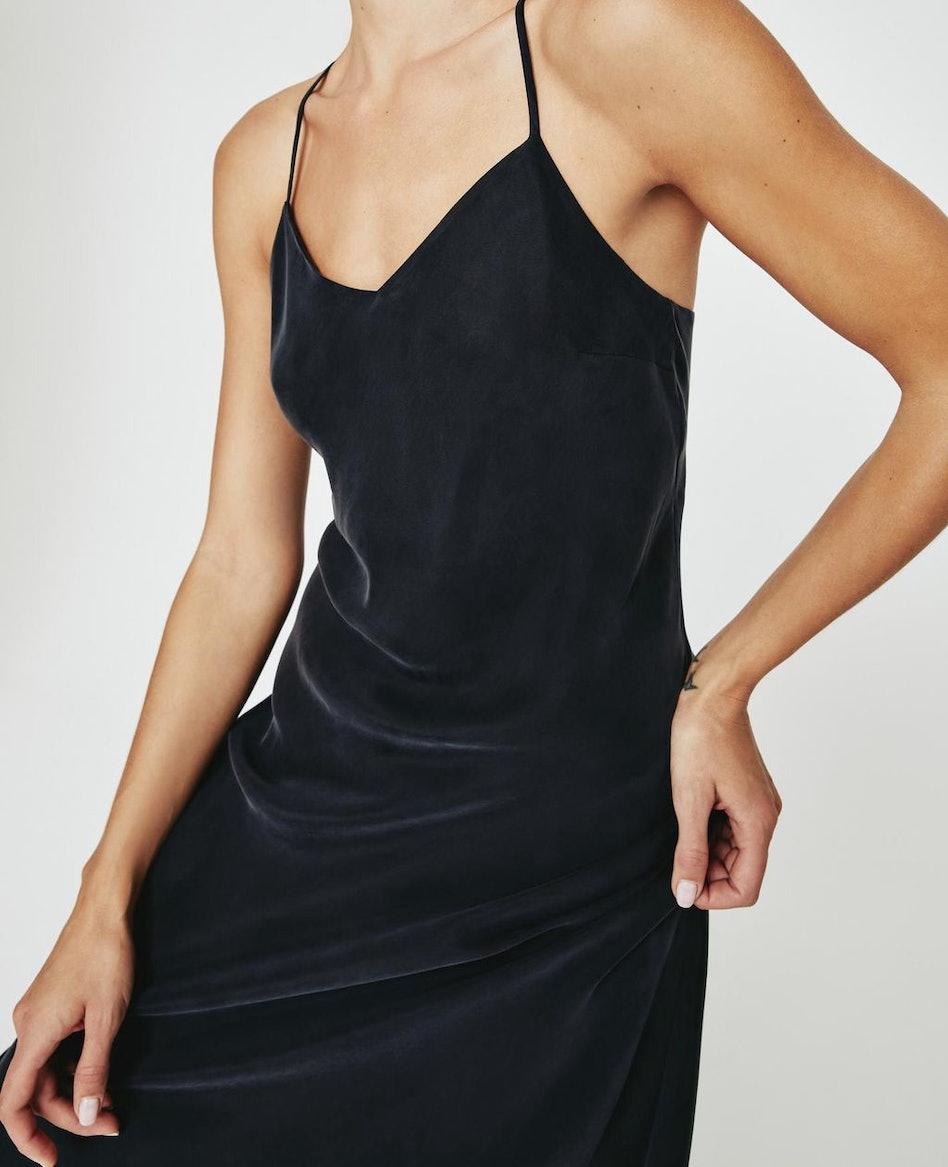 Scarlet Dress: additional image