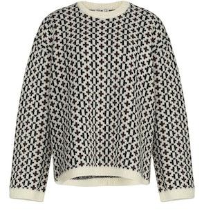 Round neck sweater: image 1
