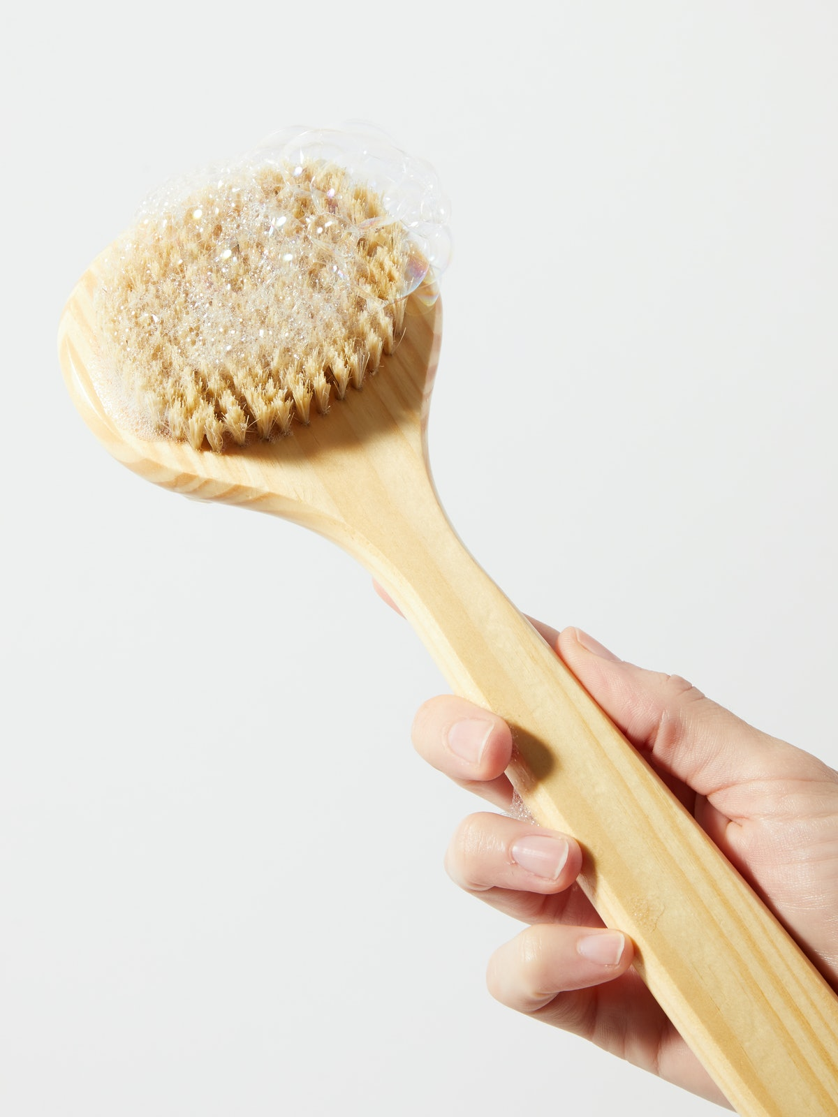 Cedar Long-Handle Bath Brush: image 1