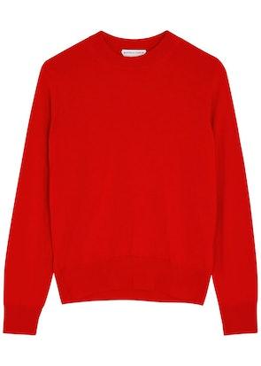 Red fine-knit wool jumper: image 1