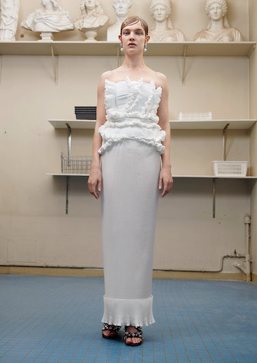 7. GIVENCHY COUTURE 2017 LOOK 1.jpg