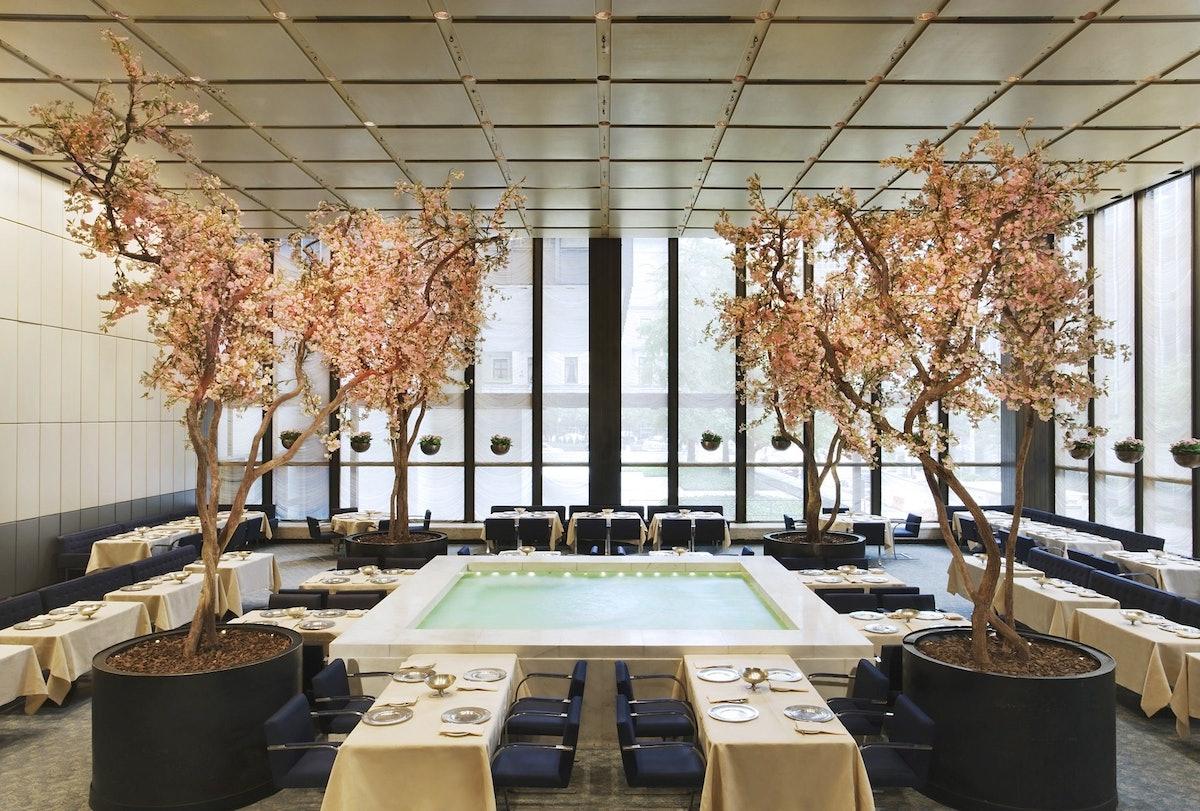 Wright_Four_Seasons_Restaurant_9  cr Jennifer Calais Smith.jpg