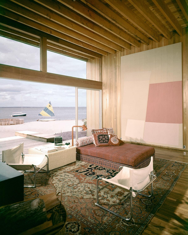 266-Bay-Walk_Bill-Maris_CRAWFORD-Living-Room-CN00086445-owned-by-Maris_REVISED.jpg