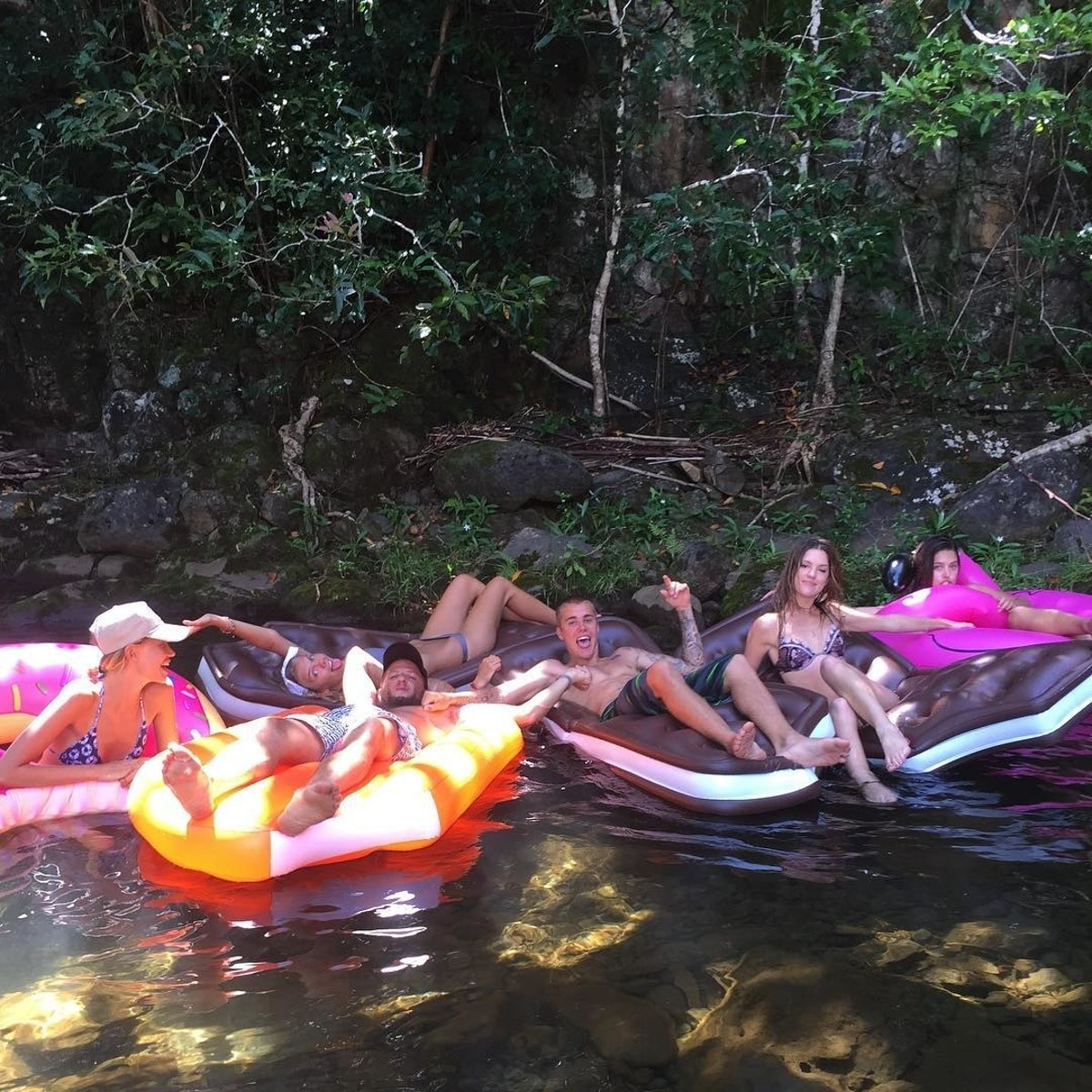 hawaiian vacation w biebs.jpg
