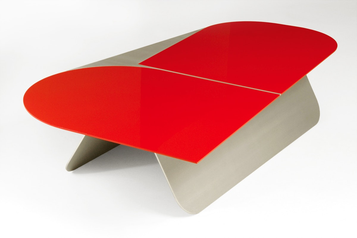 """table basse """"Large R"""" - Pierre Charpin - © Morgane Le Gall _ Courtesy Galerie kreo.jpg"""