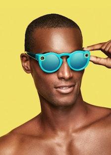 Snapchat-Glasses-Snapchat-Spectacles-2.jpg