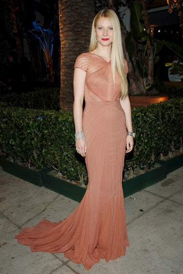 Gwyneth Paltrow during 2007 Vanity Fair Oscar Party Hosted by Graydon Carter at Mortons in West Holl...