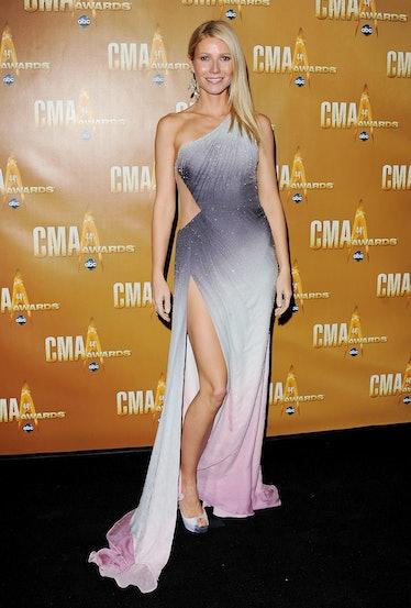 Actress Gwyneth Paltrow arrives at the 44th Annual CMA Awards at the Bridgestone Arena on November 1...