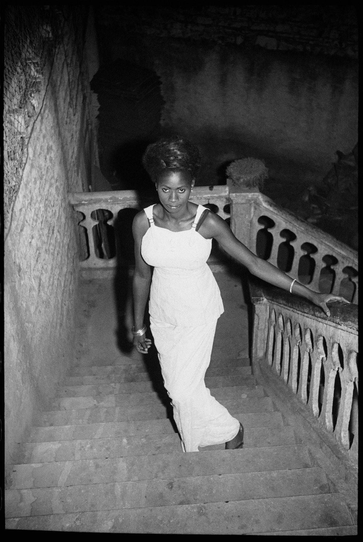 Nuit du 31 Décembre, 1969 (c) Malick Sidibé. Courtesy Galerie MAGNIN-A, Paris.jpg