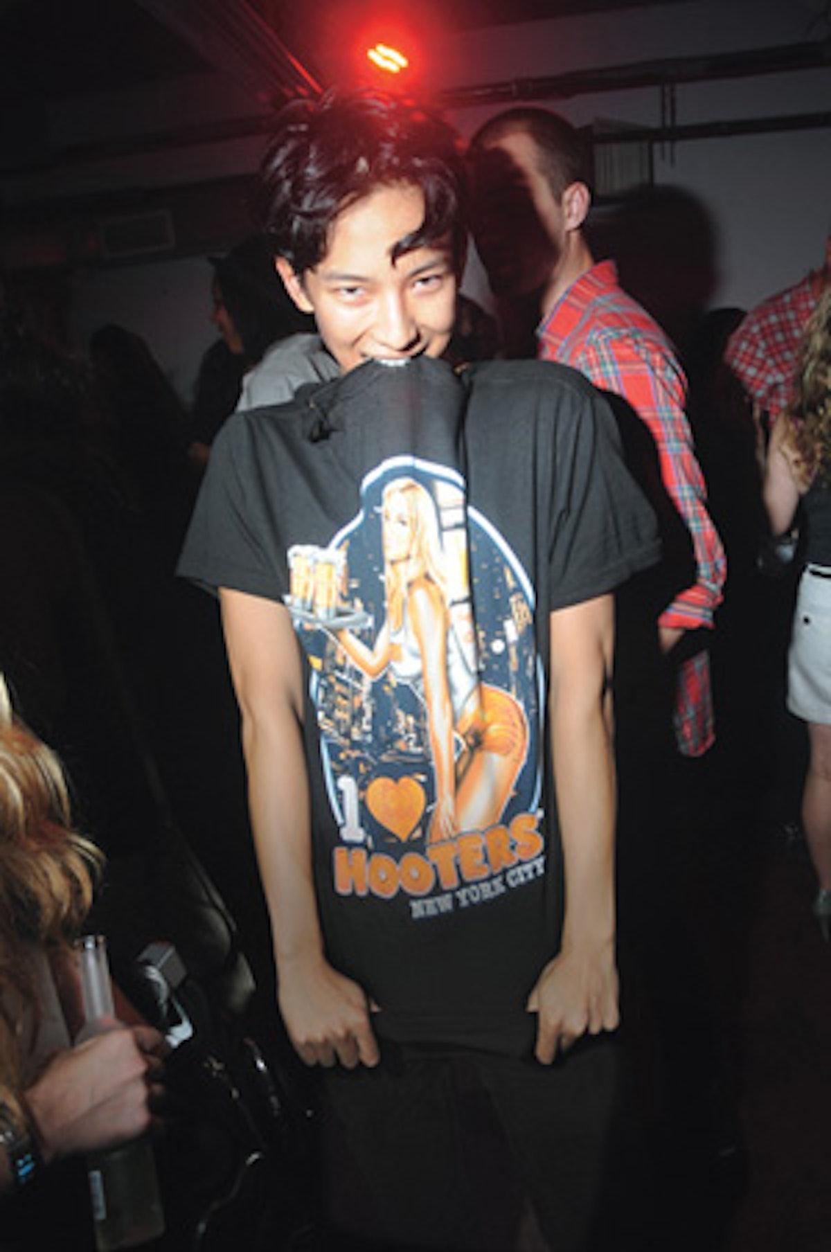 cess_fashion_week_12_v.jpg