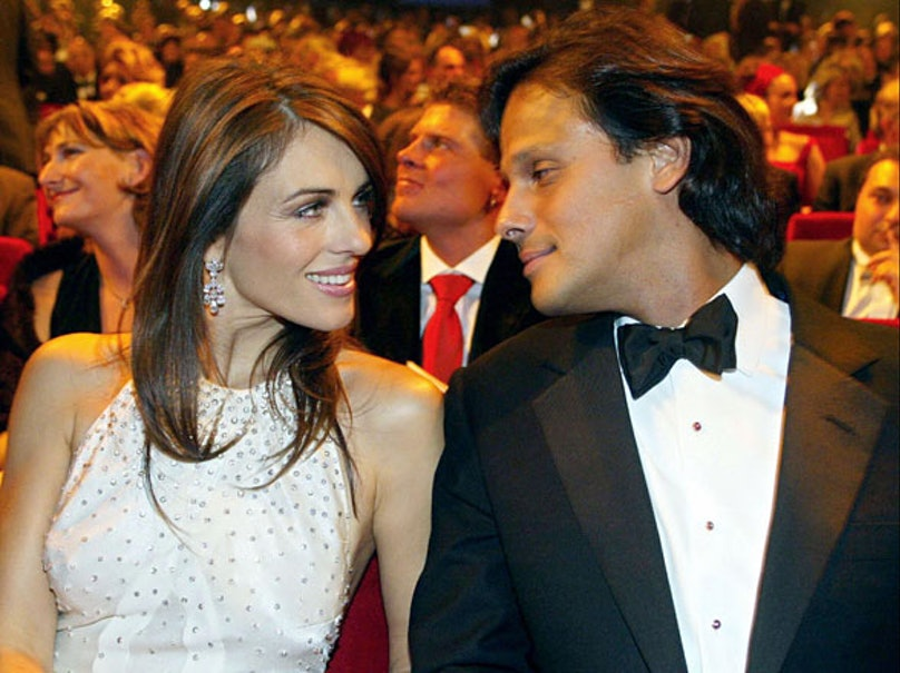 cess-outrageous-celebrity-weddings-02-h.jpg