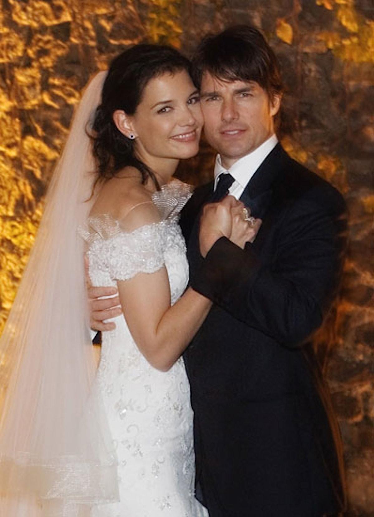cess-outrageous-celebrity-weddings-01-v.jpg