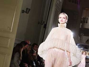 fass_valentino_couture_10_h.jpg