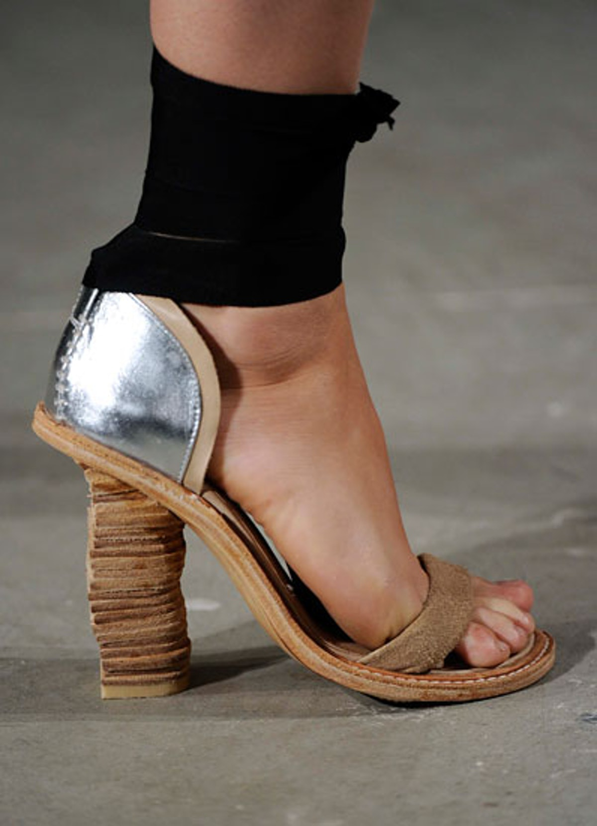 acss_shoes_05_v.jpg