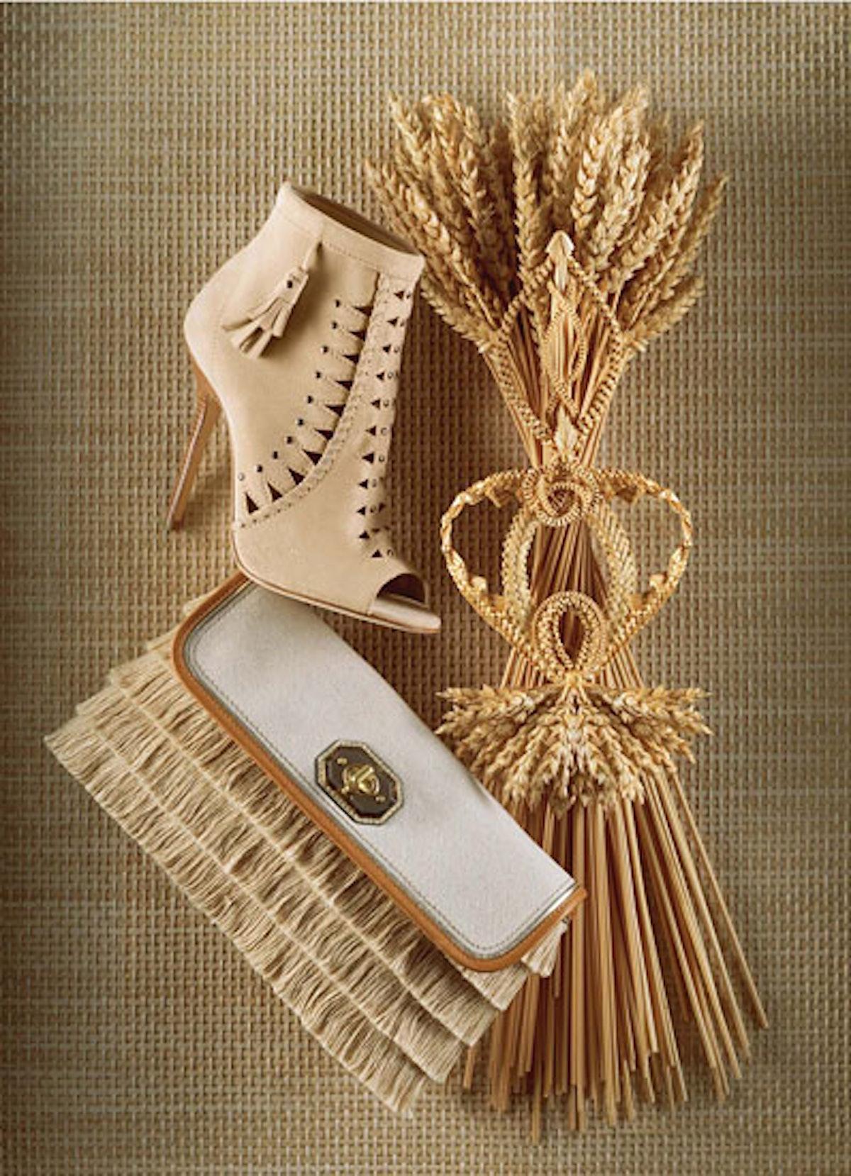 acss_western_accessories_04_v.jpg