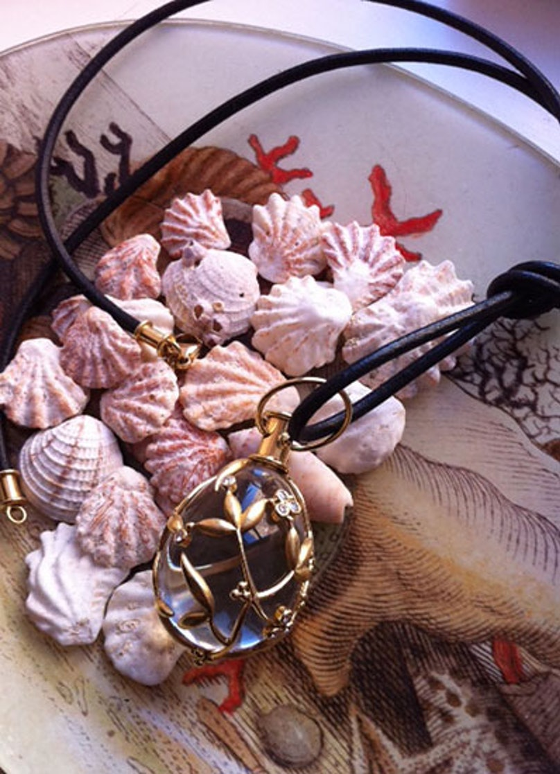 acss-temple-st-clair-jewelry-box-03-v.jpg