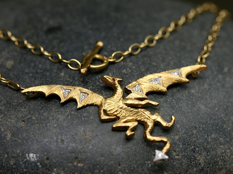 acss-dragon-inspired-jewelry-03-h.jpg