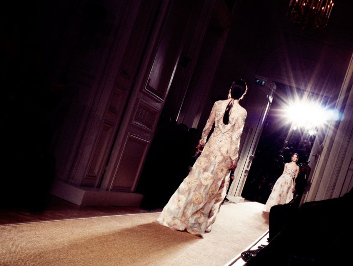 fass-valentino-spring-2012-couture-12-l.jpg