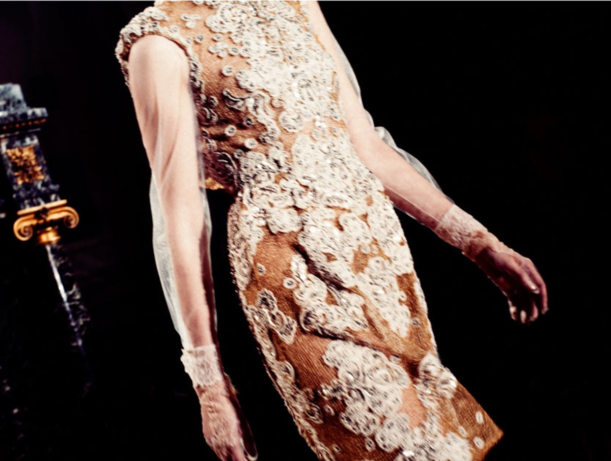 fass-valentino-spring-2012-couture-13-l.jpg