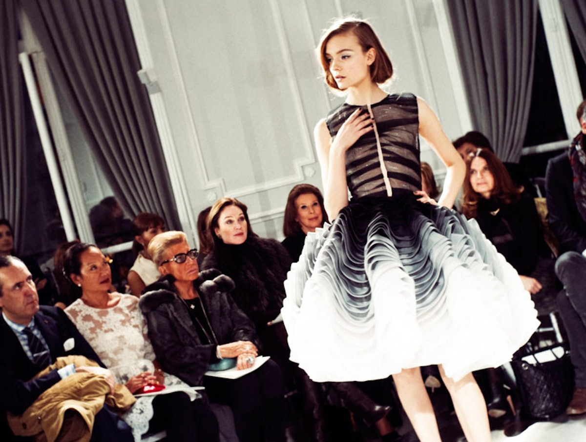 fass-dior-spring-2012-couture-13-l.jpg