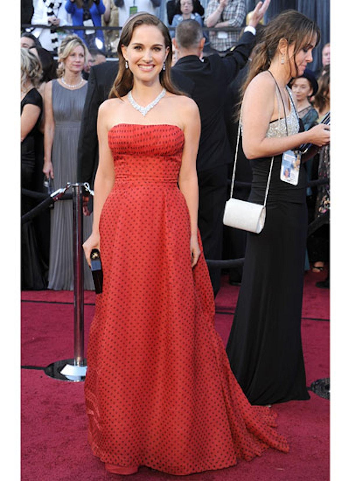 cess-oscars-red-carpet-2012-08-v.jpg