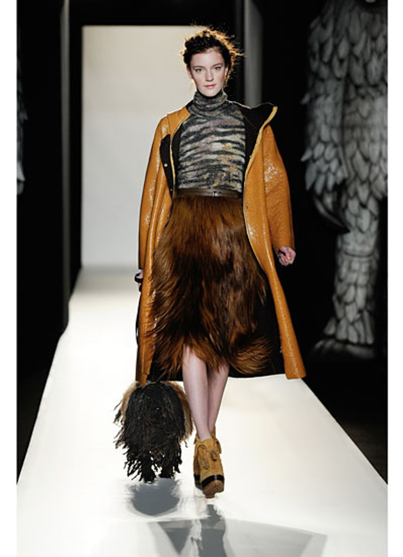 fass-mulberry-fall-2012-runway-05-v.jpg