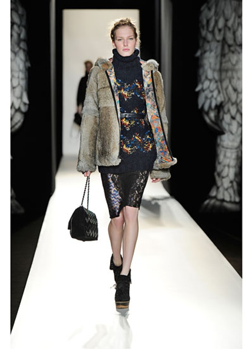 fass-mulberry-fall-2012-runway-17-v.jpg
