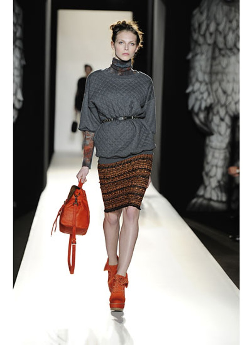 fass-mulberry-fall-2012-runway-26-v.jpg