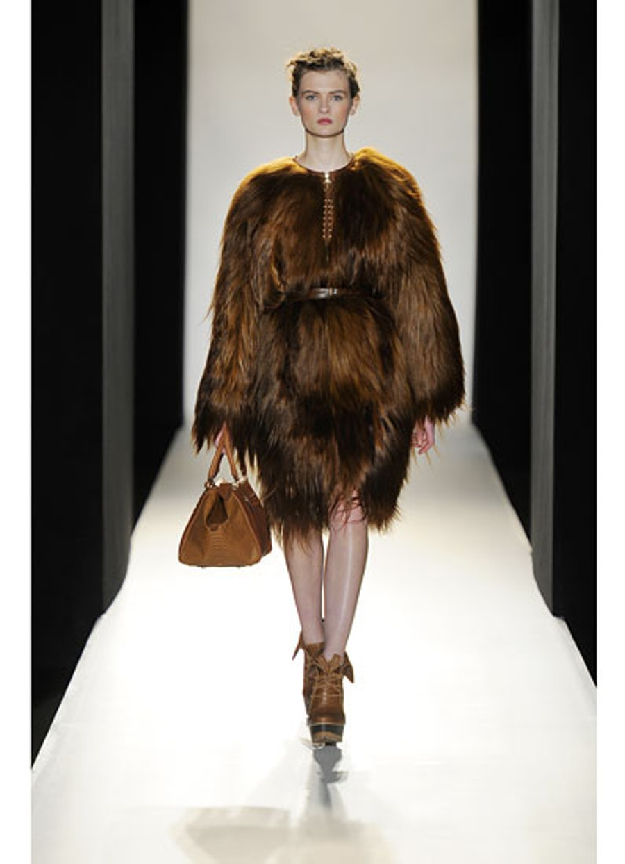 fass-mulberry-fall-2012-runway-01-v.jpg